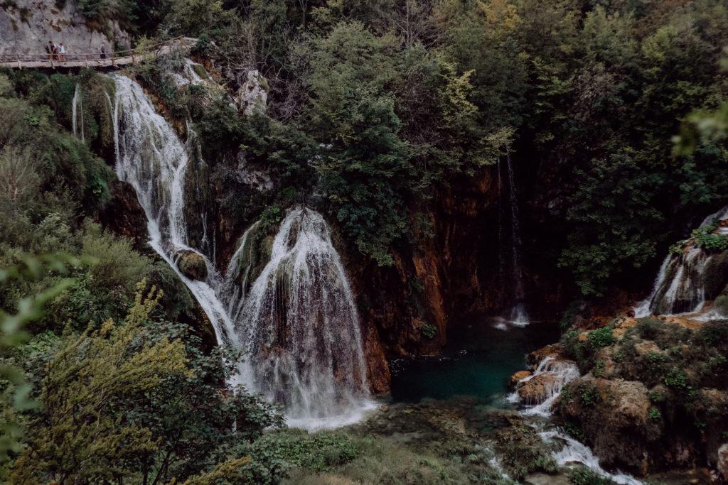 Wandern an den Plitvicer Seen – Tipps gegen die Tourimassen
