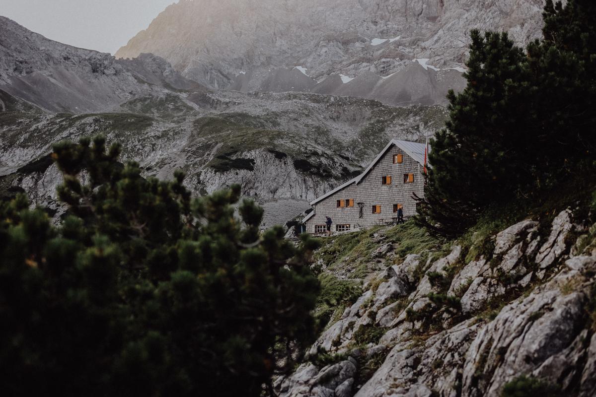 Wandern in den Tiroler Alpen: Hütten-Tour zur Coburger Hütte
